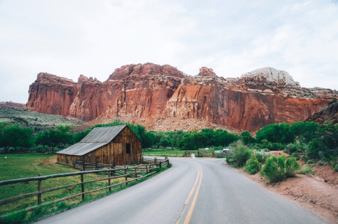 Capitol_Reef_National_Park,_Torrey.jpg