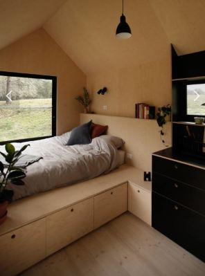 Tiny Off Grid Eco House From Fresh Prince Australia bedroom
