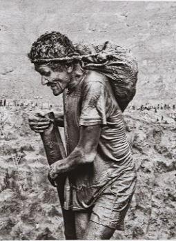 Gold Sebastiao Salgado gold workers