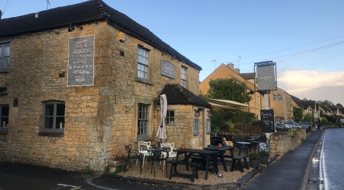 Top Pubs In The Cotswolds: The Mousetrap Inn, Bourton-On-The-Water