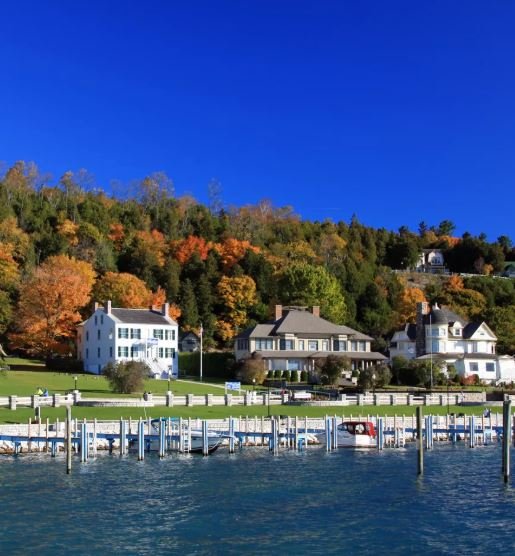 Mackinac-Island-Fall-Colors