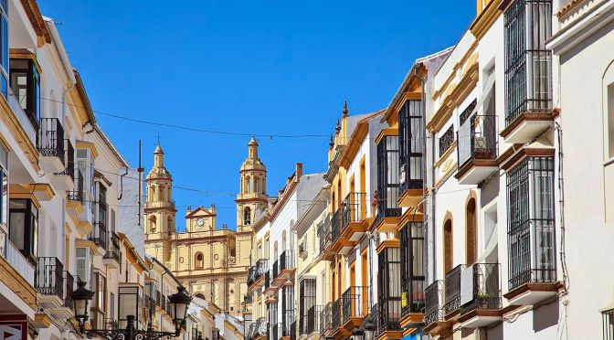 "Top European Cities: Cadiz, Spain Features ""Delicious Andalusian Cuisine"", Ancient History"