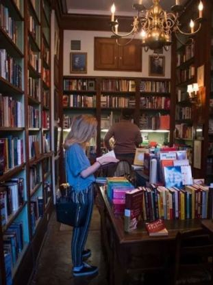 Faulkner House Bookstore New Orleans interior
