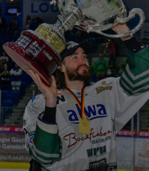 Justin Kelly Hockey Player