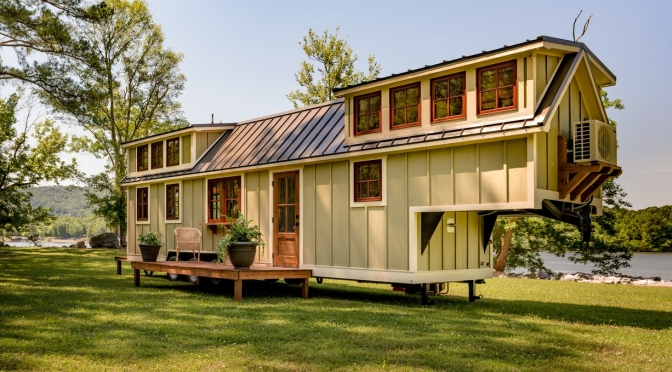 "Housing Trends: ""Timberlake Denali 39′ Park Model"" Tiny Home"