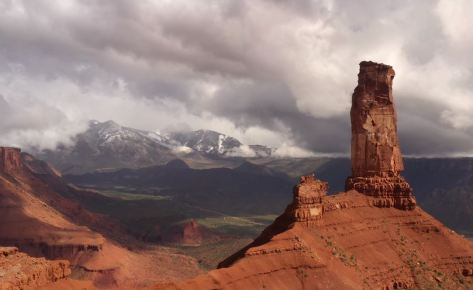 Castleton Tower Utah The Conservation Alliance Uncage The Soul Video January 7 2020