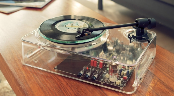 "Retro Tech: ""Gearbox Automatic Turntable MkII"""
