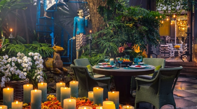 "Travel & Design: Inside A ""Whimsical & Wild"" Home In Bangkok, Thailand (AD)"
