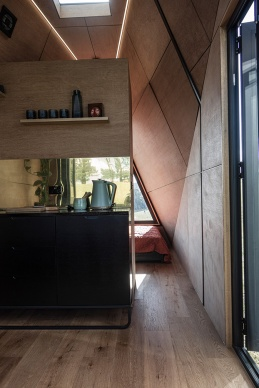 Studio-Edwards-Base-Cabin-mobile-tiny-home Interior