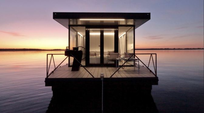 """Future Of Houseboating: """"Lounge Boat"""" By German Firm FINCKH ARCHITEKTEN"""