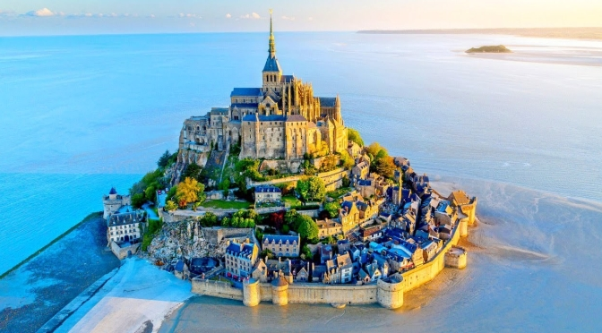 "Travel & Architecture: ""Mont Saint Michel"" In Northwest France (Video)"