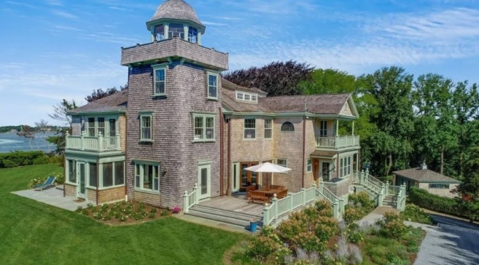 "Top Home Tour Videos: ""Woods Hole Waterfront Estate"" In Massachusetts"