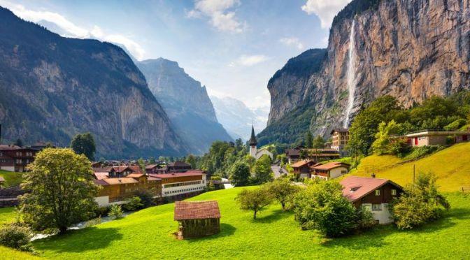 Road Trips: 'Grindelwald To Lauterbrunnen' In Switzerland (2020 Video)