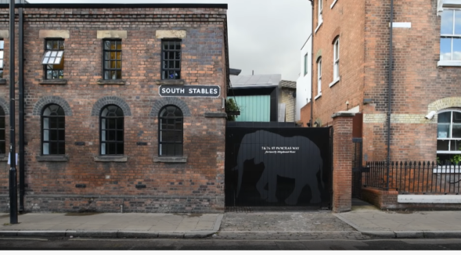 Top Home Design Video: A 'Storybook', Converted Victorian Stable House In King's Cross, London