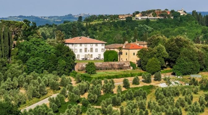 Italian Villa Tour: '18th C.  Tuscan Estate, Pisa' (Video)