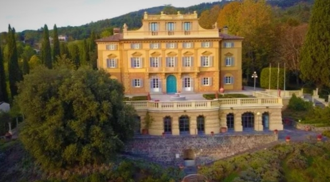 Italian Estate Video Tour: 'Villa Fatti' In Tuscany
