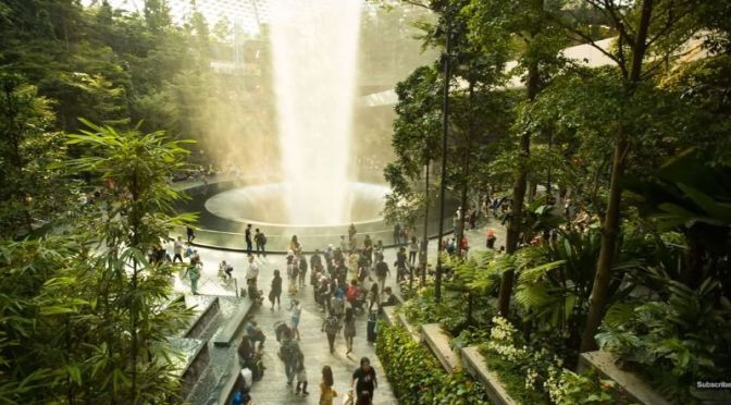 Design: 'Jewel Changi Airport', Singapore By Safdie Architects (Video)