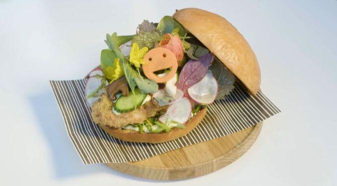 Culinary Arts Video: Chefs Jordan Kahn & Zaiyu Hasegawa Make Ultimate Fried Chicken Sandwich