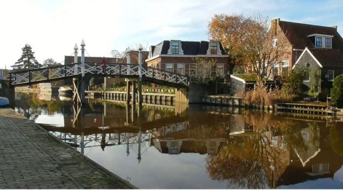 Travel: 'Hindeloopen – The Netherlands' (Video)