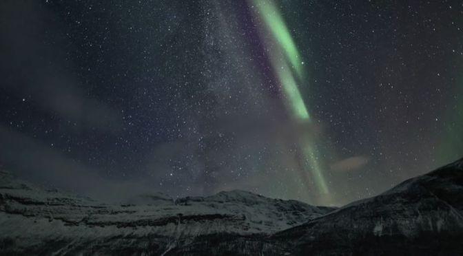 Timelapse: 'Signaldalen Auroras' Above Mount Otertinden, Norway (2020)