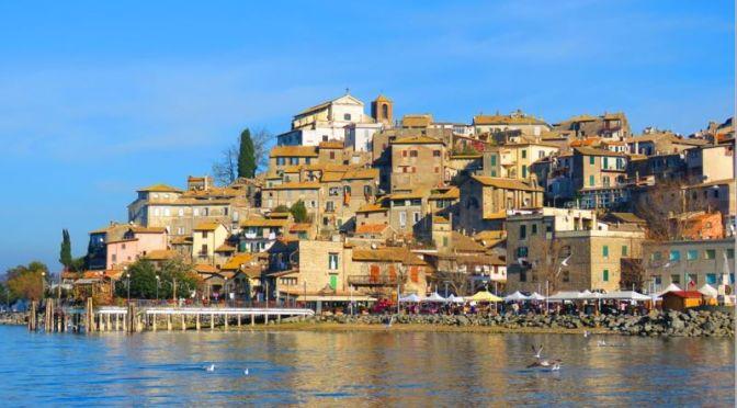 Walks: 'Anguillara Sabazia – Italy' (4K UHD Video)