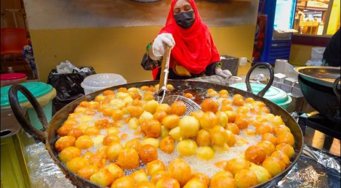 Culinary Travel: 'Street Food' In Dubai, UAE (Video)