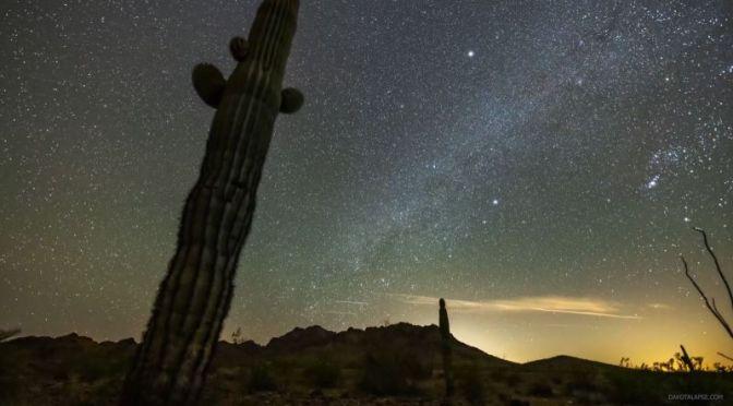 Timelapse Travel: Night Sky In Arizona (4K Video)