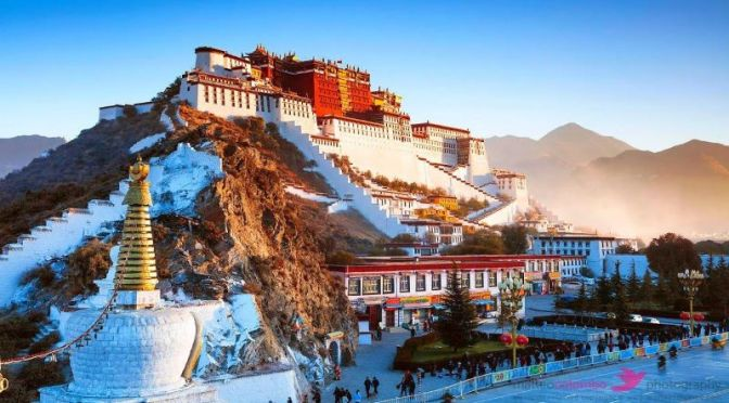 Travel: 'Exploring Seven Of The World's Most Beautiful Temples' (Video)