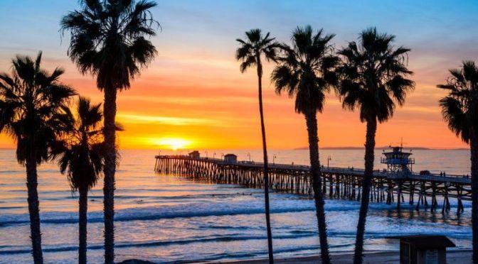 Walks: 'San Clemente Pier, California' (4K Video)