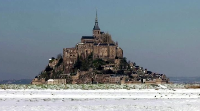 Winter Views: 'Mont Saint-Michel' In France (Video)