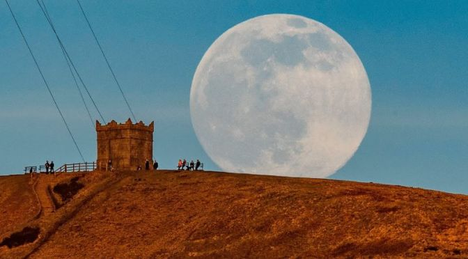 Lunar Events: 'Snow Moon Rises in Bolton, England'