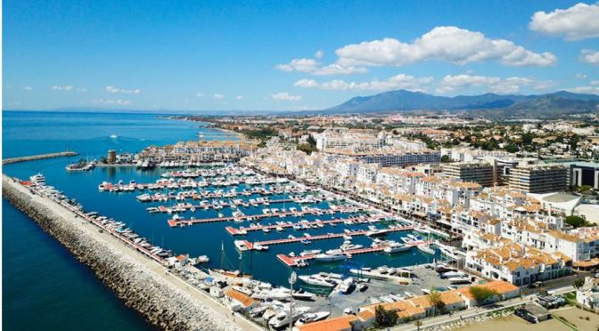 Walks: 'Puerto Banús – Marbella, Spain' (Video)