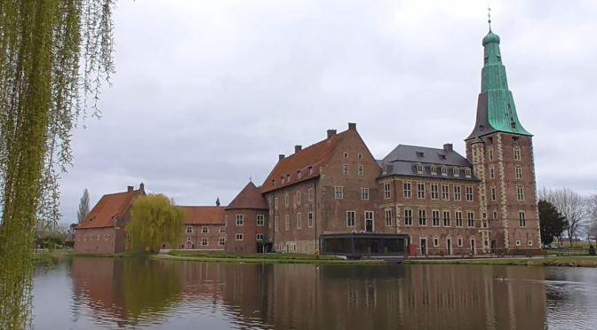 Views: 'Water Castles In Raesfeld, Germany' (Video)