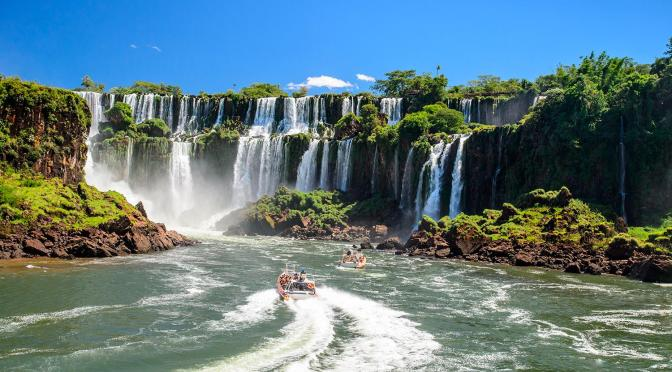 Travel Tour: Boat Ride At Iguaçu Falls & City Of Foz do Iguaçu In Brazil (Video)