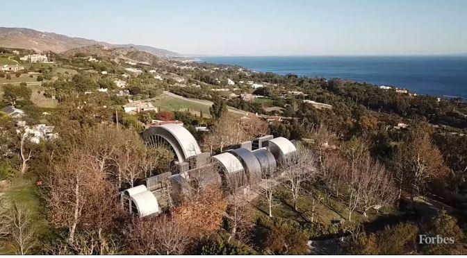 Modern Architecture: 'Glass & Steel House' – Malibu, California (Video)