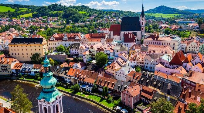 Walks: Český Krumlov – Czech Republic (4K Video)
