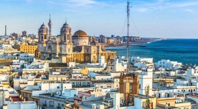 Aerial Views: Cádiz – Southwestern Spain (4K)