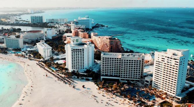 Caribbean Views: Cancún – Southeastern Mexico (4K)
