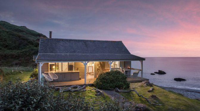 English Seaside Views: 'The Beach Hut' In Cornwall