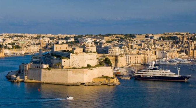 Walks: VITTORIOSA, SENGLEA & COSPICUA – The Three Cities Of Malta –   (4K Video)