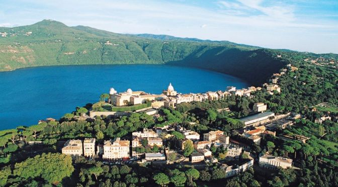Bike Tour: Lake Albano & Castel Gandolfo, Italy (4K)