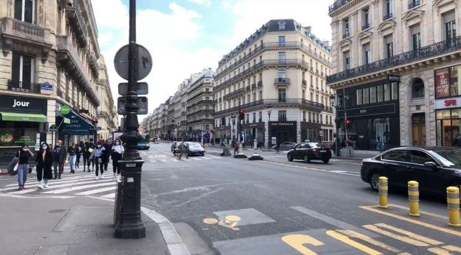 Walks: 'Rue Des Petits-Champs' In Paris, France