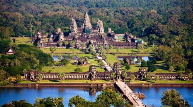Views: History Of Angkor Wat In Cambodia (Video)