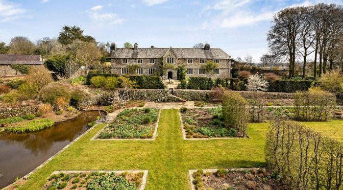 English Country Homes: Sortridge Manor In Dartmoor National Park