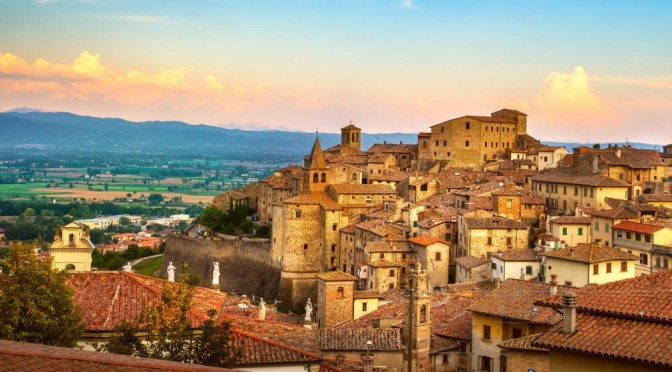 Walking Tour: Anghiari – Northern Italy (4K Video)