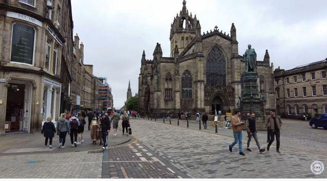 Walking Tour: Old Town Edinburgh, Scotland (4K)