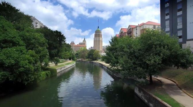 Aerial Views: San Antonio – Central Texas (4K Video)