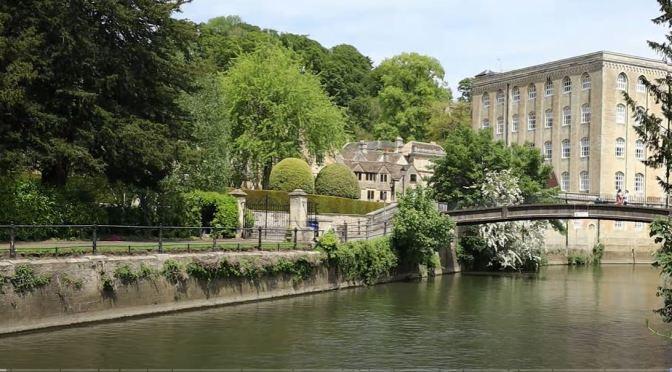 Tours: Bradford-On-Avon, Wiltshire, England (4K)