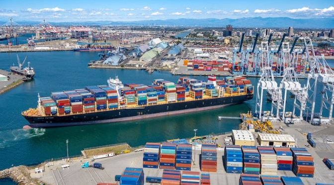 Container Shipping: How Maersk Managed Crisis