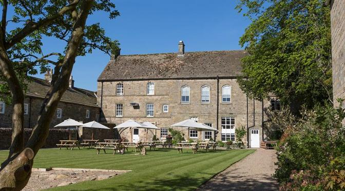 English Guest Houses: The 'Lord Crewe Arms', Poet Auden's Favorite Bolthole